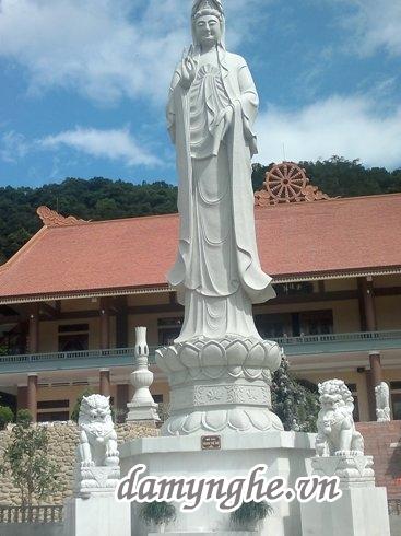 Làm tượng Phật đá Non Nước Đà Nẵng
